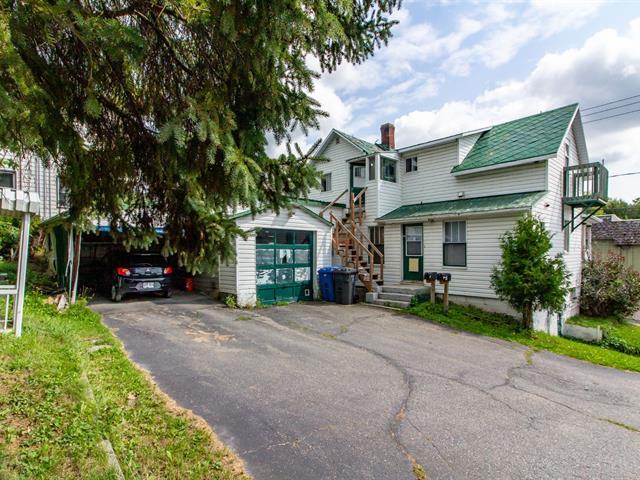 Duplex à vendre à Saint-Georges, Chaudière-Appalaches, 325 - 327, 120e Rue, 28316382 - Centris.ca