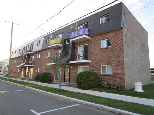 Immeuble à revenus à vendre à Sorel-Tracy, Montérégie, 185 - 191, Rue  De Ramezay, 11814656 - Centris.ca