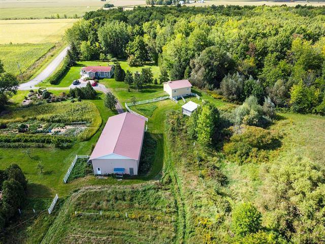 Farm for sale in Beauharnois, Montérégie, 200, Rang  Sainte-Anne, 27945965 - Centris.ca