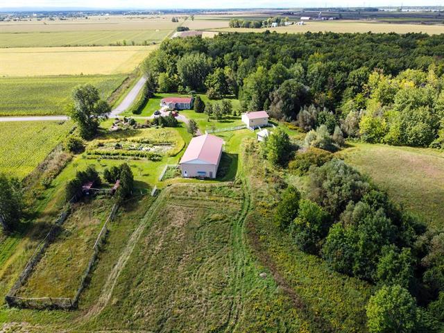 Maison à vendre à Beauharnois, Montérégie, 200Z, Rang  Sainte-Anne, 12859497 - Centris.ca