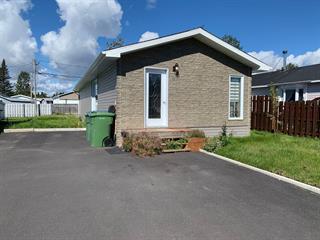 Mobile home for sale in Sept-Îles, Côte-Nord, 82, Rue des Épinettes, 11184111 - Centris.ca