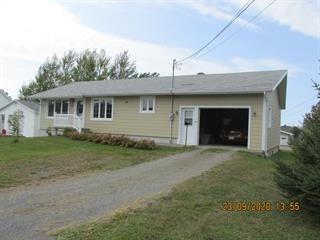 Maison à vendre à Baie-des-Sables, Bas-Saint-Laurent, 111, Route  132, 19922238 - Centris.ca