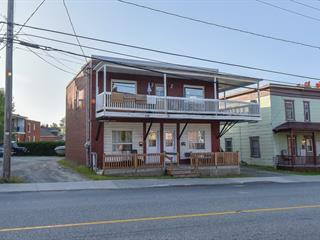 Triplex à vendre à Sherbrooke (Fleurimont), Estrie, 660 - 664, Rue  Papineau, 10507169 - Centris.ca
