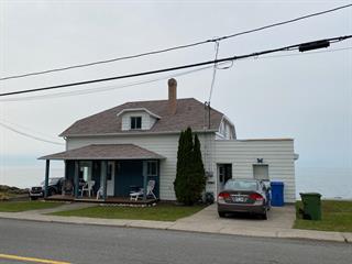 House for sale in Métis-sur-Mer, Bas-Saint-Laurent, 111, Rue  Principale, 24400933 - Centris.ca