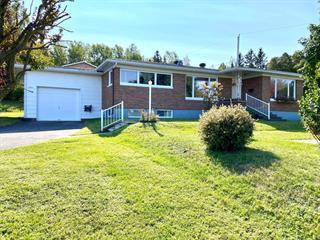 Maison à vendre à Rimouski, Bas-Saint-Laurent, 215, Rue de la Sapinière Sud, 28064477 - Centris.ca