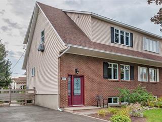 House for sale in Terrebonne (Terrebonne), Lanaudière, 4000, Rue  Robert, 28091159 - Centris.ca