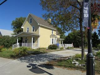 House for sale in Maniwaki, Outaouais, 235, Rue  Principale Sud, 20098613 - Centris.ca