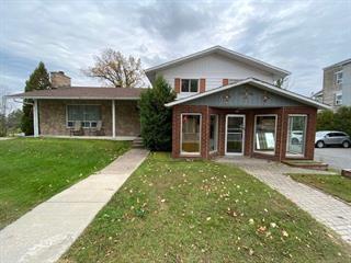 Maison à vendre à Montebello, Outaouais, 538Z - 540Z, Rue  Notre-Dame, 20965471 - Centris.ca