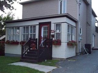 Maison à vendre à Danville, Estrie, 77, Rue  Water, 23362301 - Centris.ca