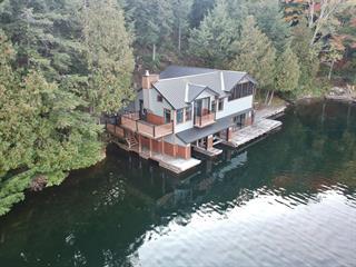 Chalet à vendre à Grenville-sur-la-Rouge, Laurentides, 135, Lac Papineau, 26146159 - Centris.ca