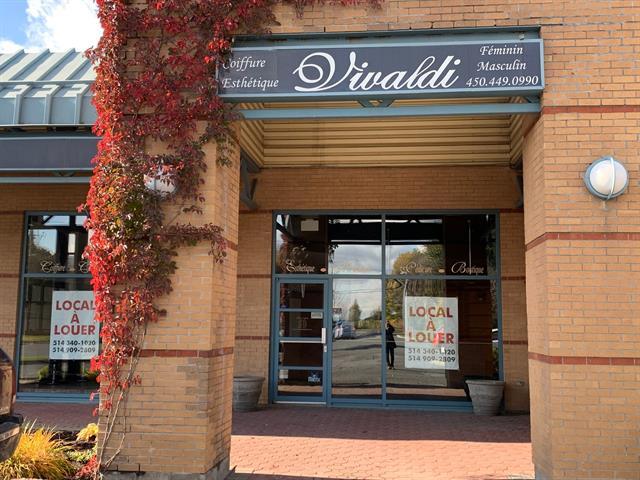 Local commercial à louer à Boucherville, Montérégie, 680 - 700, Rue  De Montbrun, 10758660 - Centris.ca