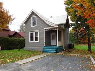 Maison à vendre à Danville, Estrie, 110, Rue  Crown, 16902039 - Centris.ca