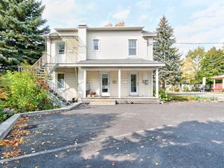 Duplex à vendre à Mont-Saint-Hilaire, Montérégie, 158 - 160, Rue  Messier, 15497975 - Centris.ca