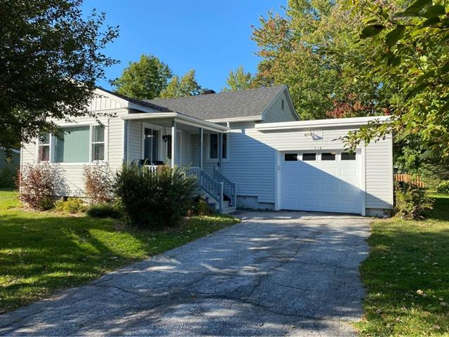 House for sale in Venise-en-Québec, Montérégie, 210, 48e Rue Ouest, 23892760 - Centris.ca