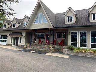 Chalet à vendre à Saint-Mathieu-du-Parc, Mauricie, 41, Chemin du Pont-Couvert, 20068508 - Centris.ca