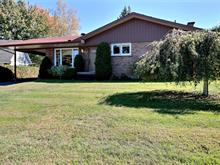 House for sale in Magog, Estrie, 530, Rue  Lakeview, 28915355 - Centris.ca