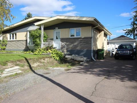 Maison à vendre à Jonquière (Saguenay), Saguenay/Lac-Saint-Jean, 2477, Rue  Pelletier, 28518697 - Centris.ca