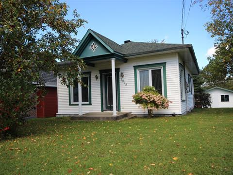 House for sale in Lac-Mégantic, Estrie, 5818, Rue  Labelle, 16319193 - Centris.ca