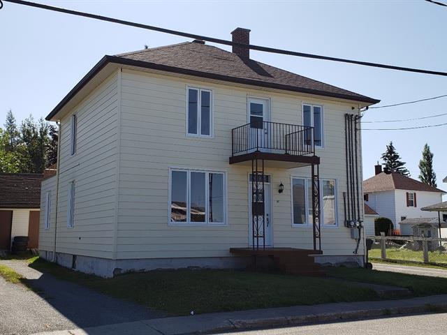 Triplex for sale in Sainte-Luce, Bas-Saint-Laurent, 41, Rue  Saint-Laurent, 28715227 - Centris.ca