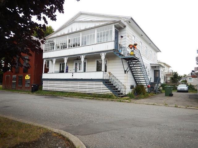 Triplex for sale in Trois-Pistoles, Bas-Saint-Laurent, 6 - 10, Rue  Martel, 19541449 - Centris.ca