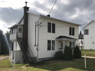 Maison à vendre à Saint-Siméon (Capitale-Nationale), Capitale-Nationale, 565 - 567, Rue  Saint-Laurent, 16039143 - Centris.ca