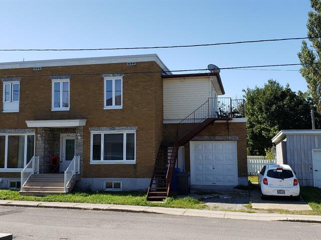Triplex for sale in Sainte-Luce, Bas-Saint-Laurent, 44, Rue  Saint-Elzéar, 20411727 - Centris.ca