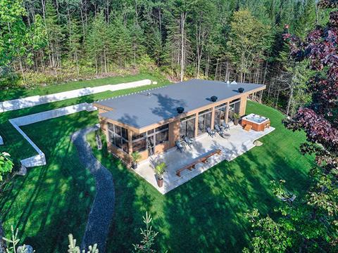 Cottage for sale in Bolton-Est, Estrie, 2584, Route  Nicholas-Austin, 13248530 - Centris.ca