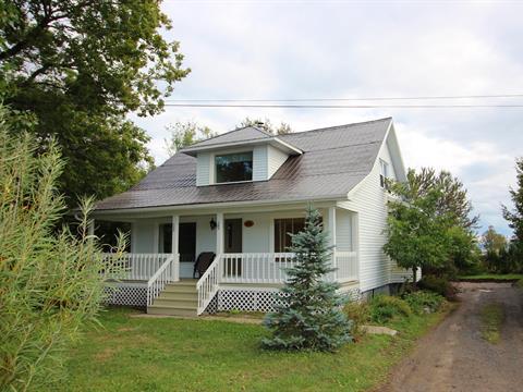 Maison à vendre à Carleton-sur-Mer, Gaspésie/Îles-de-la-Madeleine, 169, Route  132 Ouest, 27762099 - Centris.ca