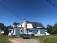 Duplex à vendre à Carleton-sur-Mer, Gaspésie/Îles-de-la-Madeleine, 104, Rue  Bélanger, 16965657 - Centris.ca