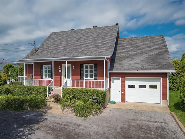 Maison à vendre à Saint-François-de-l'Île-d'Orléans, Capitale-Nationale, 3848, Chemin  Royal, 19154103 - Centris.ca