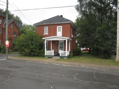 Maison à vendre à Shawville, Outaouais, 178, Avenue  Victoria, 12804902 - Centris.ca