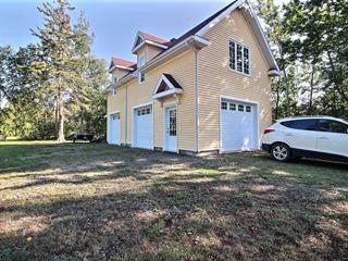 Chalet à vendre à Rivière-Ouelle, Bas-Saint-Laurent, 202, Chemin de la Pointe, 20952439 - Centris.ca
