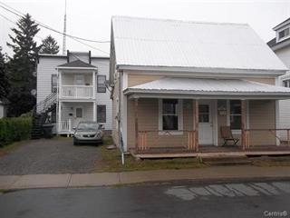 Triplex à vendre à Saint-Joseph-de-Sorel, Montérégie, 615 - 619, Rue  Montcalm, 19474474 - Centris.ca