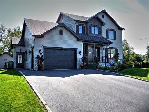 House for sale in Victoriaville, Centre-du-Québec, 108, Rue  Montcalm, 28795965 - Centris.ca