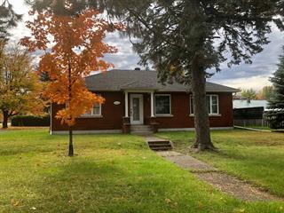 Maison à vendre à Cowansville, Montérégie, 610, Rue  Principale, 11274841 - Centris.ca