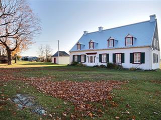Maison à vendre à Montmagny, Chaudière-Appalaches, 780, boulevard  Taché Ouest, 17059189 - Centris.ca