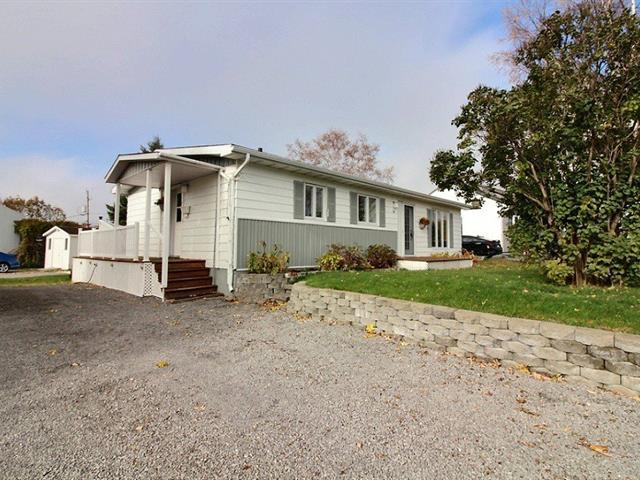 Duplex for sale in Saguenay (Chicoutimi), Saguenay/Lac-Saint-Jean, 101, Rue  De Gaulle, 11267210 - Centris.ca