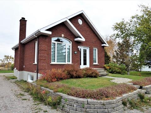 Fermette à vendre à Chambord, Saguenay/Lac-Saint-Jean, 1741, Rue  Principale, 26042196 - Centris.ca