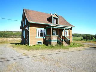 Maison à vendre à Saint-Simon (Bas-Saint-Laurent), Bas-Saint-Laurent, 427, Route  132, 13055432 - Centris.ca