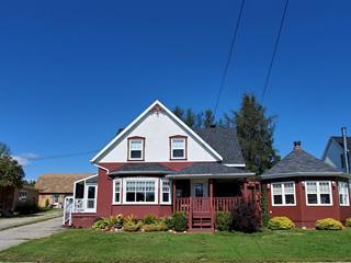 Maison à vendre à Les Éboulements, Capitale-Nationale, 2169, Route du Fleuve, 28558671 - Centris.ca