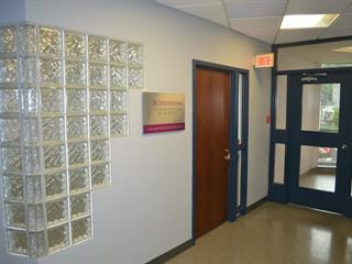 Commercial unit for rent in Saguenay (Chicoutimi), Saguenay/Lac-Saint-Jean, 267, Rue  Racine Est, suite 401, 14722554 - Centris.ca