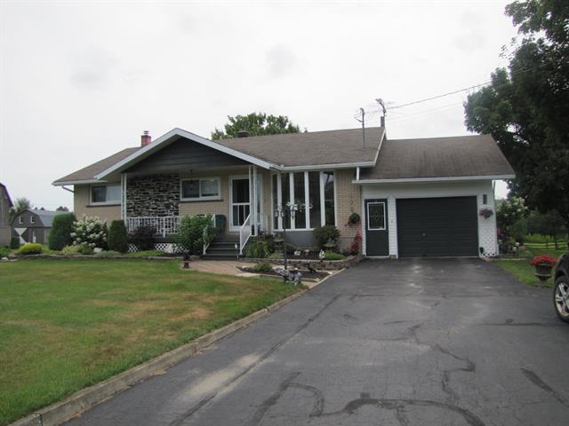 Maison à vendre à Plessisville - Paroisse, Centre-du-Québec, 208, Rang du Golf, 15022387 - Centris.ca