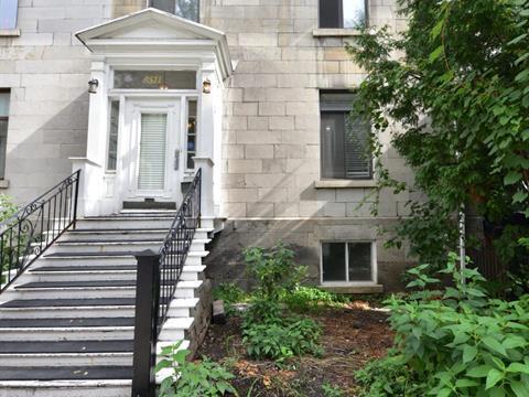 Maison à louer à Le Plateau-Mont-Royal (Montréal), Montréal (Île), 3511, Rue  University, 10298969 - Centris.ca