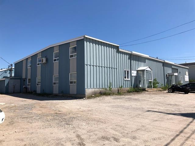 Industrial building for sale in Baie-Comeau, Côte-Nord, 50, Avenue  William-Dobell, 10061228 - Centris.ca