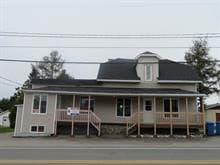 Triplex à vendre à Lamarche, Saguenay/Lac-Saint-Jean, 123A - 123B, Rue  Principale, 11631689 - Centris.ca