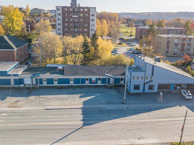 Bâtisse industrielle à vendre à Sherbrooke (Fleurimont), Estrie, 906, Rue  Galt Est, 24836322 - Centris.ca