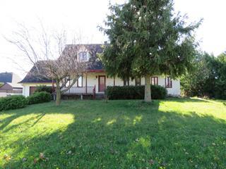 Maison à vendre à Saint-Césaire, Montérégie, 114, Rue  Girard, 11525356 - Centris.ca