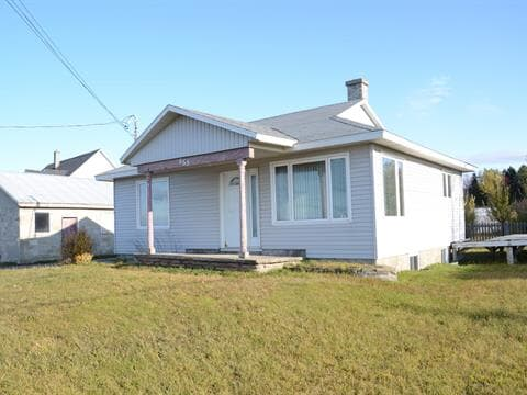 House for sale in Sainte-Flavie, Bas-Saint-Laurent, 553, Route de la Mer, 12128343 - Centris.ca