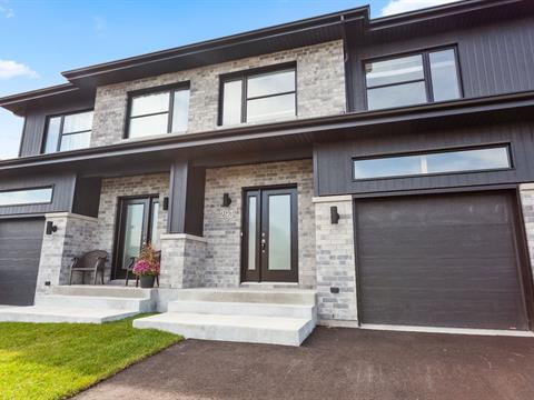 Maison à louer à Vaudreuil-Dorion, Montérégie, 293, Rue  Claude-Léveillée, 21804783 - Centris.ca
