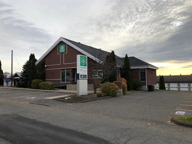 Commercial building for sale in Saint-Félix-de-Kingsey, Centre-du-Québec, 1212, Rue de l'Église, 20468046 - Centris.ca